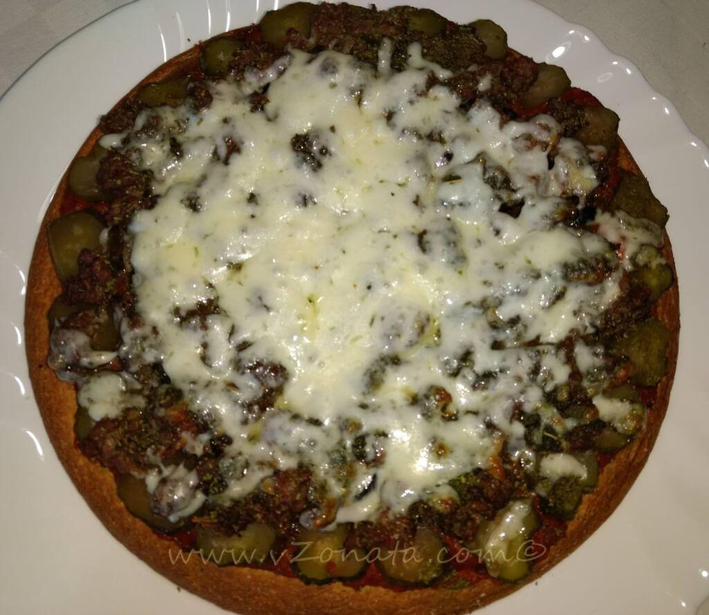 Нахутена пица с телешко